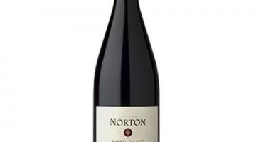 capa-vinho-argentino-norton-barrel-select-pinot-noir-vinhobr.com.br